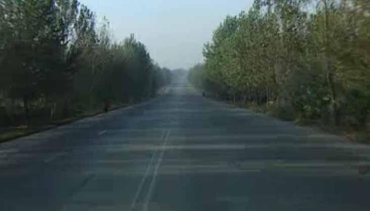 Korea Północna - puste drogi.