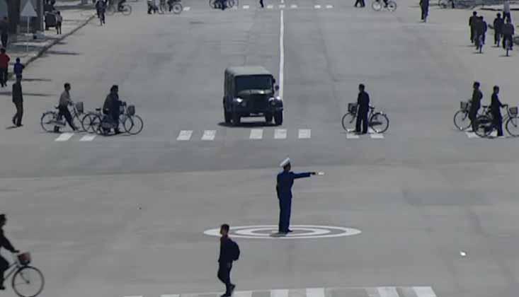 Puste ulice w Korei Północnej.